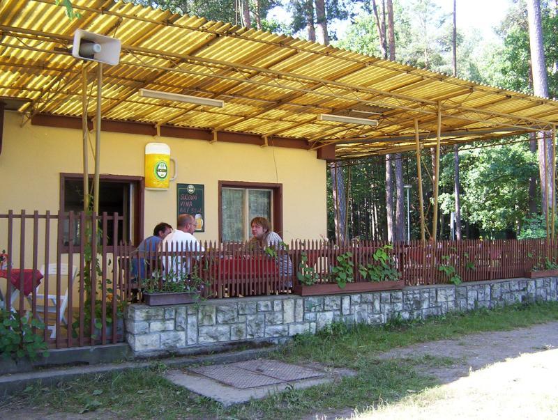 Příjemné ubytování v chatkách, vlastní stany a karavany, Holice