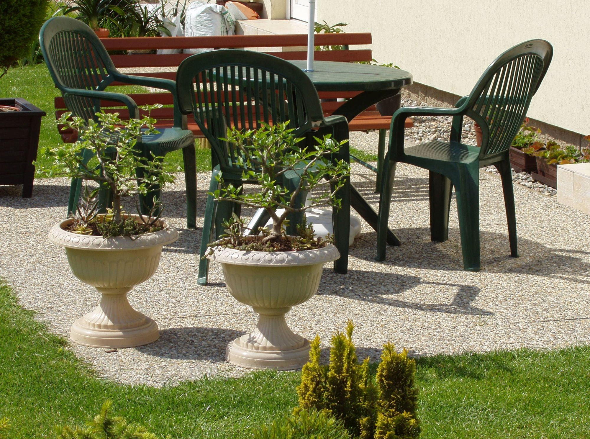 Betonové dlaždice – levné řešení povrchu teras a chodníků