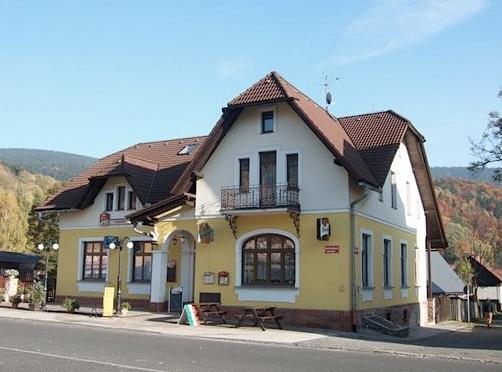 Rodinný penzion s restaurací, ubytování ve východních Krkonoších s možností polopenze