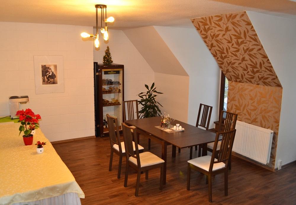 Vylepšený interiér hotelové restaurace Štramberk