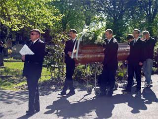 Pohřeb a pohřební služby