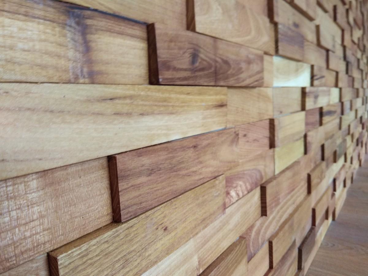 dřevěná mozaika na stěnu