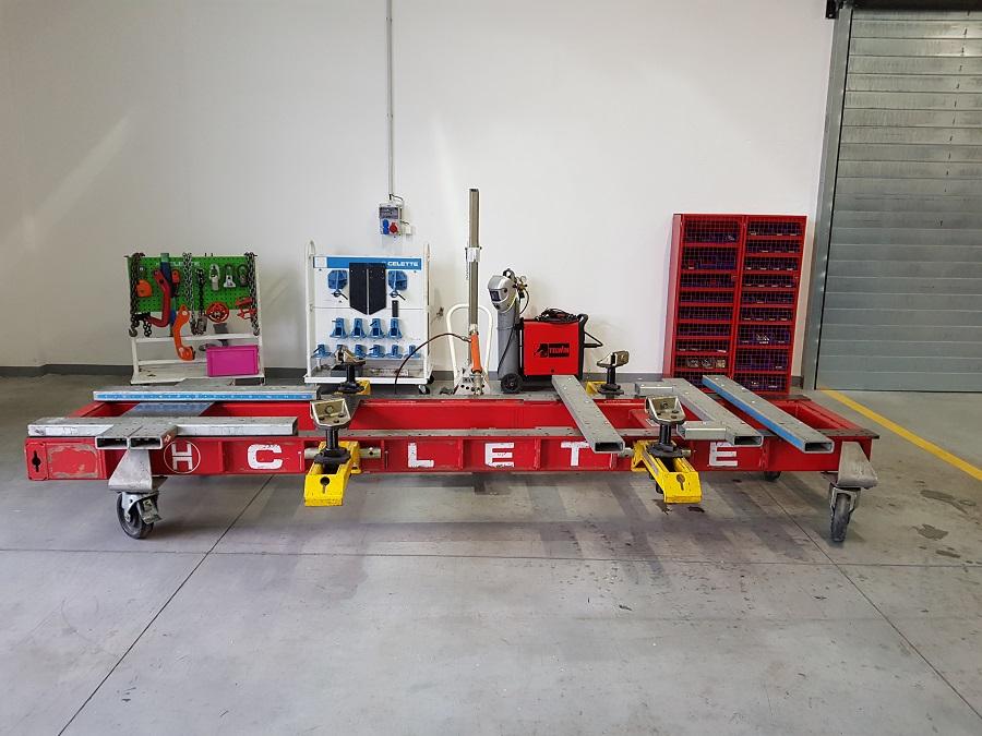 Komplexní karosářské práce - rovnací špičková stolice značky Celette