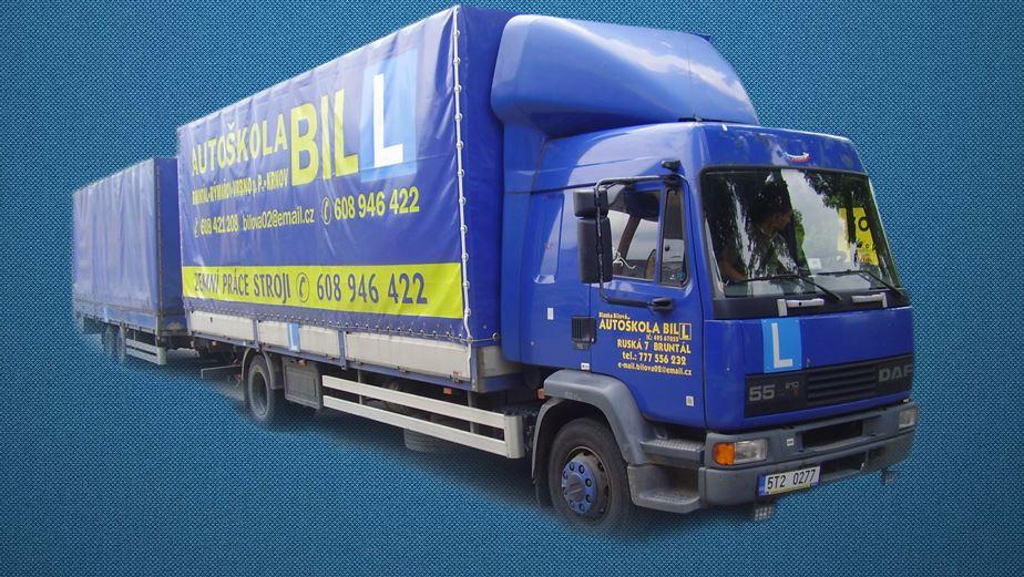 Výcvik řidičů motorových vozidel osobních i nákladních, mopedů a motocyklů, kondiční jízdy