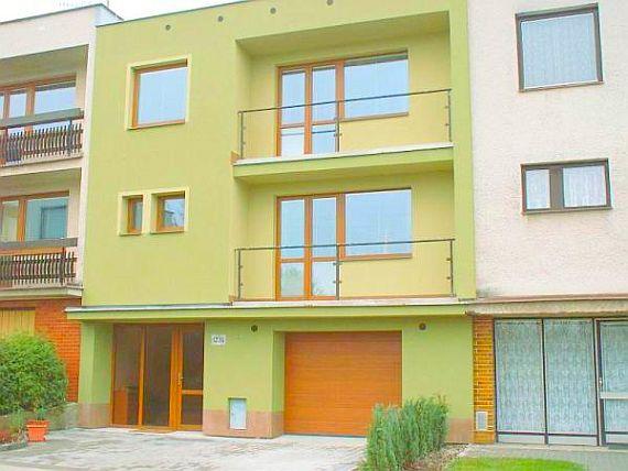 Revitalizace rodinných, panelových domů, půdní vestavby Kroměříž