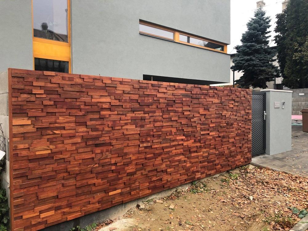 Venkovní dřevěná mozaika na fasádu, k obložení plotu - dřevěné exteriérové obklady