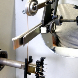 Programovatelné navíjení cívek a transformátorů