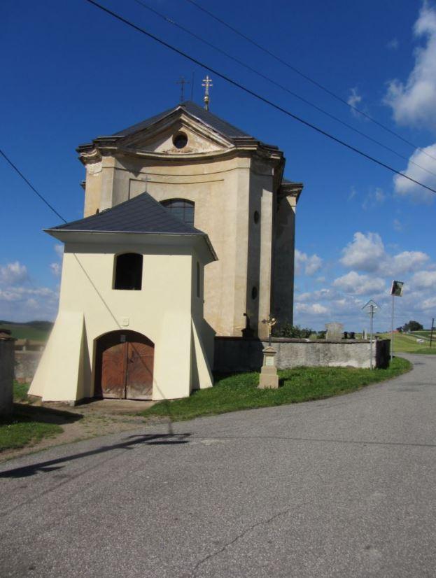 Obec s barokním kostelem Nejsvětější Trojice, Plzeňský kraj