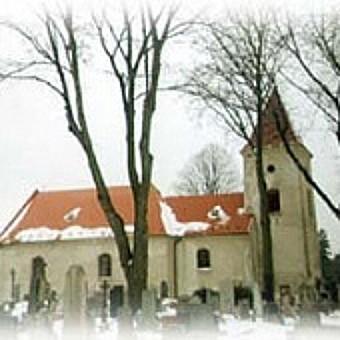 Golčův Jeníkov na Vysočině, kostely a bohatý kulturní život
