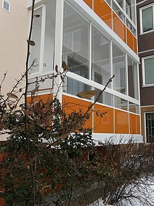 ALUMISTR SE, Hrušovany u Brna, výroba a ontáž zasklívacích systému teras a balonů