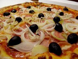 Pizza rozvoz – 7 dní v týdnu až do 2:30 ráno