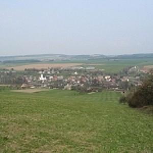 Obec Dlouhá Třebová, malebná víska v srdci regionu Orlicko-Třebovsko
