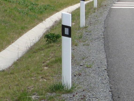 Silniční směrové sloupky, směrový sloupek Kroměříž