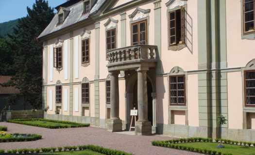 Stavební rekonstrukce domů, průmyslových objektů a kulturních památek, okres Šumperk