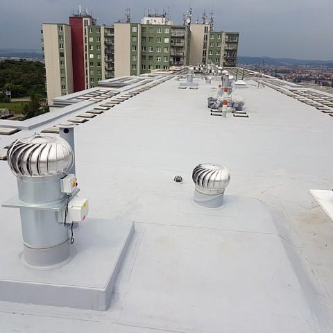 Rekonstrukce a realizace plochých střech z kvalitních materiálů