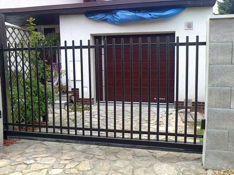 Posuvná brána,Telč