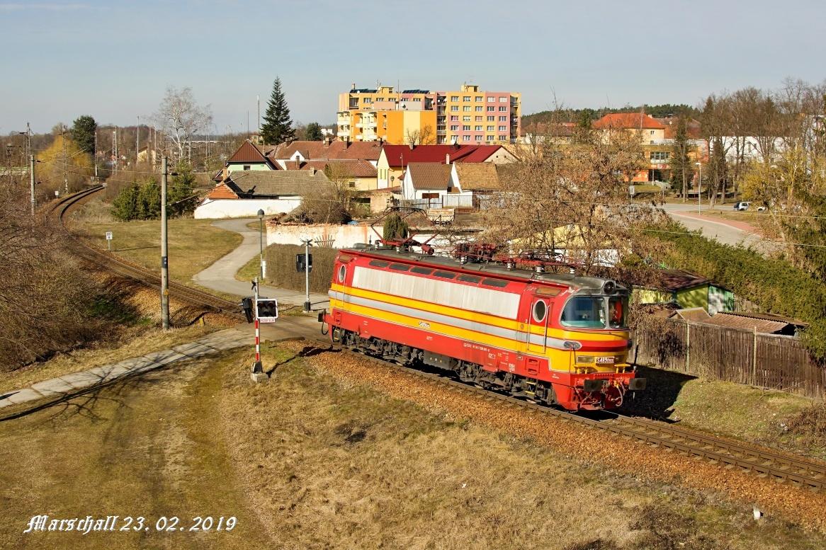 Železniční doprava na různé vzdálosti
