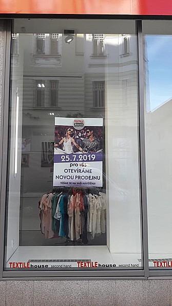 Textile House Czech Republic, s.r.o., Praha, nošené oblečení různých značek, stylů a velikostí
