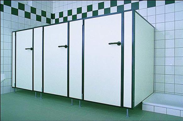 Rychlá a čistá montáž sanitárních příček i kabin, Ing. Vladimír Rosenbaum - RVR