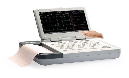 Přístroje EKG pro snímání elektrické srdeční aktivity pacientů