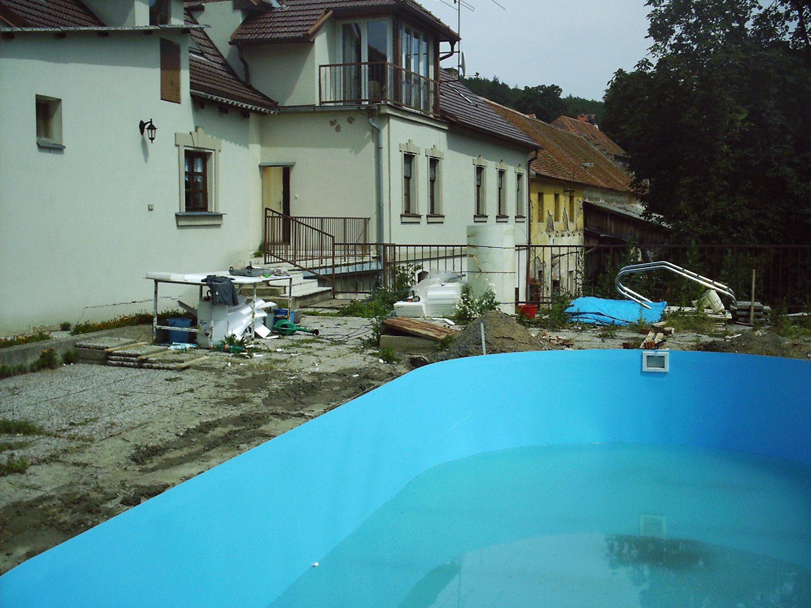 Rekonstrukce a stavby RD