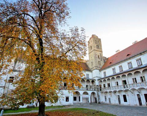 Kostel Panny Marie, zajímavý architektonický klenot města Břeclav