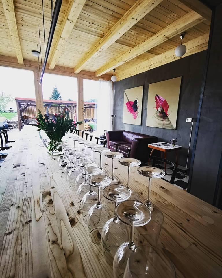 Rodinné vinařství, řízené degustace a ochutnávka vín s prohlídkou sklepa