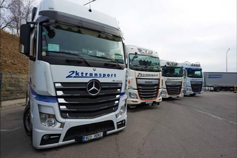 Mezinárodní kamionová doprava, přeprava zboží moderními vozy, Evropa, uskladnění zásilek