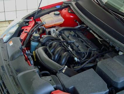 Autoservis, pneuservis na nákladní, osobní auta a prodej, výměna pneumatik