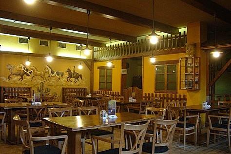 Restaurace a pivnice Montána Brno-Kohoutovice, menu, oslavy