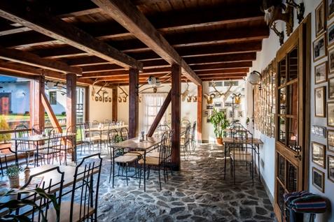 Komfortní ubytování s restaurací, zvěřinové hody