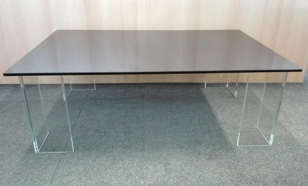 stůl ze skla - výroba na zakázku