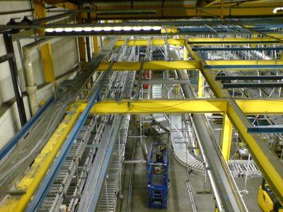 Instalace výrobních linek na úpravu materiálů – dřevo, plast a kov