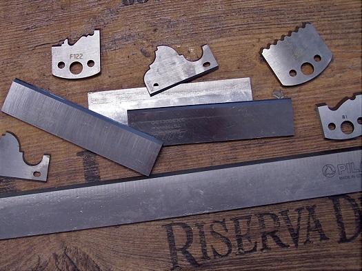 Broušení a úprava dřevoobráběcích nástrojů  - pilové kotouče, frézy