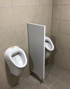 Lehké montované WC kabinky pro ubytovací zařízení i veřejné prostory