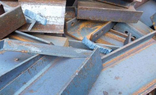 Zpracování, šetrná likvidace i výkup kovového a nebezpečného odpadu na Vysočině, svoz odpadu