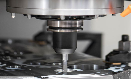 Formy na vstřikování plastů, precizní návrh, konstrukce a výroba, moderní lisovna plastů