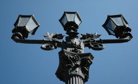 Městské lavičky, stojany na kola, pouliční lampy, Stará Huť, s.r.o. Umělecká slévárna