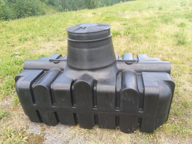 Novinka NÍZKOPROFILOVÁ nádrž VARIO 2 na jímání dešťové vody o objemu 2,1 m3 Pardubice