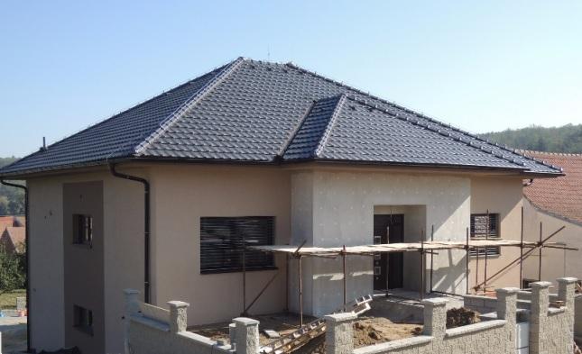 Kompletní rekonstrukce a realizace všech typů střech v okolí Brna-venkov
