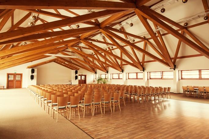 Kongres hotel s wellness centrem - ideální místo pro konference, semináře a školení