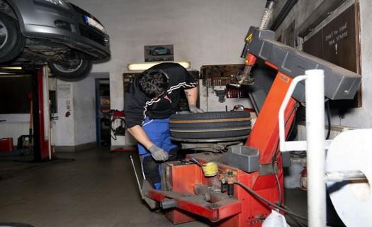 Autoopravna Brno, autolakýrnické a autoklempířské práce