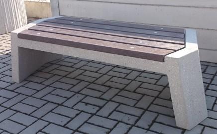 Enprag s.r.o., Praha, venkovní lavičky kovové i betonové