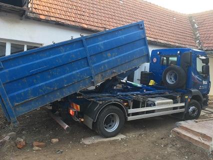 Transport, Abfuhr von Sand, Kies und anderen Schüttgütern nicht nur für Bauten Tschechien