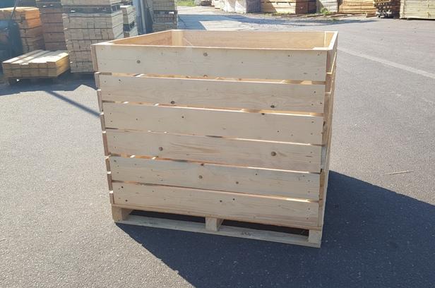 Dřevěné bedny pro uskladnění brambor a zeleniny - praktické skladování