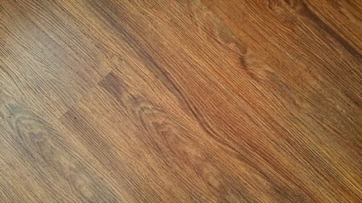 Podlahy dřevěné, laminátové, vinylové, Marmoleum, Podlahové studio PODLAHY KAREL s.r.o.
