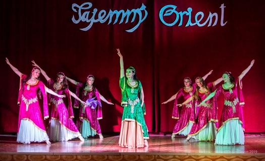 Taneční studio CARAVANA, kurzy břišního tance, taneční vystoupení