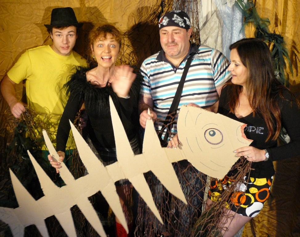 Umělecká a hudební agentura Artum, hudební doprovad na plesy a oslavy