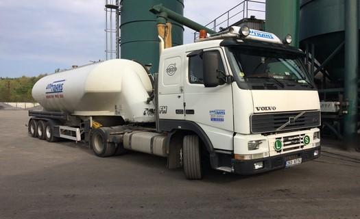 Mezinárodní kamionová doprava, silodoprava, přeprava sypkých materiálů i těžkých nákladů