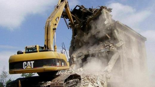 Profesionální demoliční práce – demolice staveb, domů, mostů, ocelové konstrukce atd.